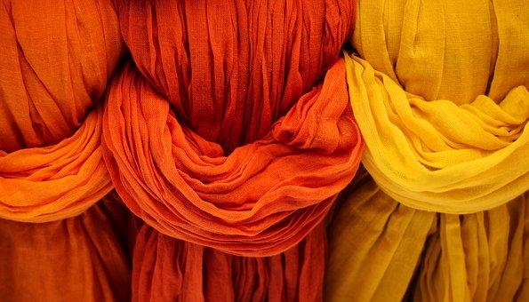 Visita a la fábrica de moda suiza Colora