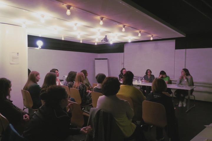 Feminismo: debatiendo sobre las diferentes vías para alcanzar la igualdad